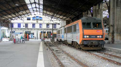 Ts1316 gare du austerlitz paris trainspots ver for Train tours paris austerlitz