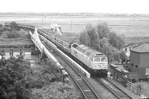 Ts239 Reedham Swing Bridge Trainspots Ver 2 60